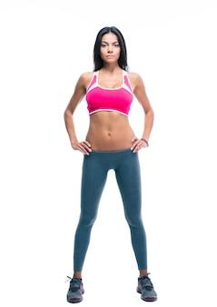 Portrait en pied d'une femme de remise en forme