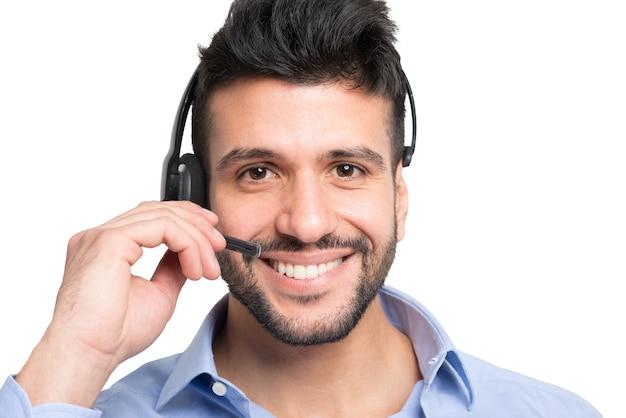 Portrait répresentatif de client souriant