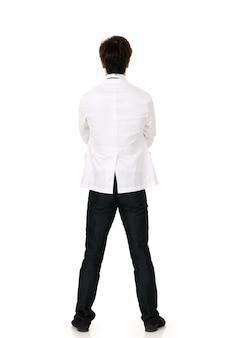 Portrait vue arrière du docteur en médecine asiatique sur fond blanc en studio.