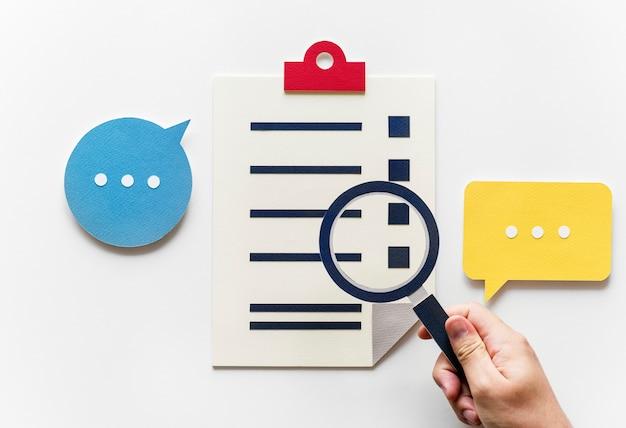Pose plate de l'artisanat en papier de recherche de données