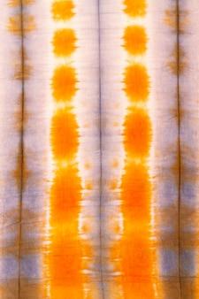 Pose plate de textile tie-dye