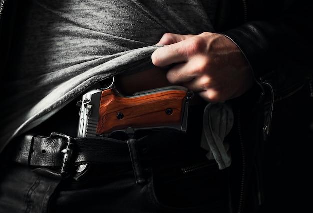 Possession illégale d'armes à feu