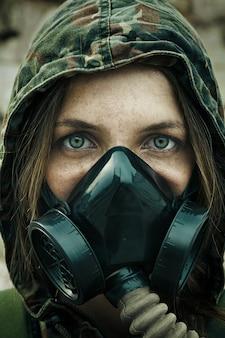 Post-apocalypse survivant féminin