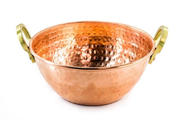 Pot en cuivre, pot en cuivre avec fond isolé, ustensile de cuisine