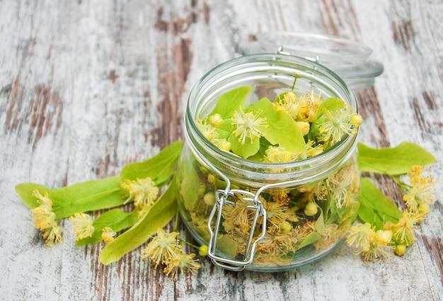 Pot à fleurs de tilleul