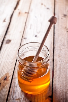 Pot de miel complet et bâton de miel