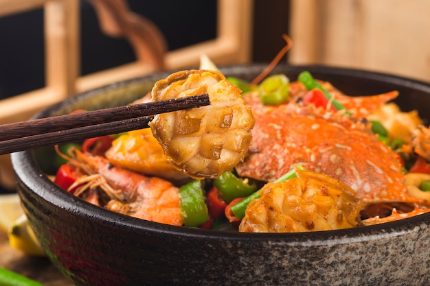 Pot sec de fruits de mer mélangés, crabe, ormeau, crevette