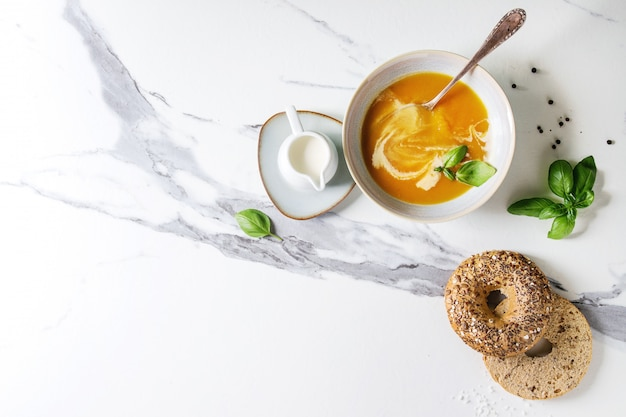 Potage à la citrouille ou aux carottes