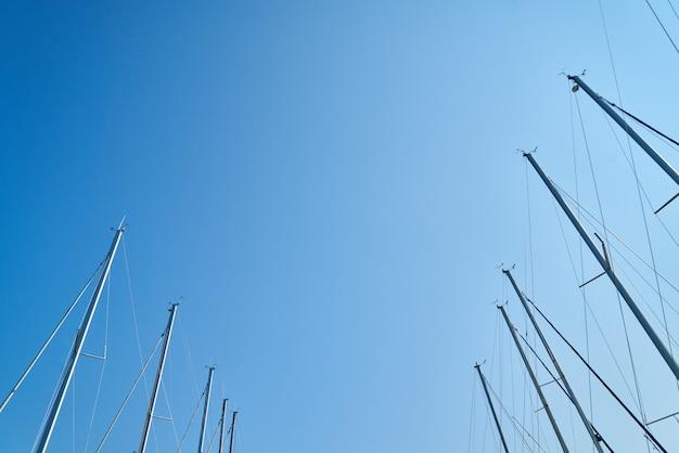 Poteaux de voiliers