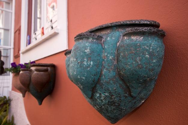 Pots de fleurs en céramique souvenir