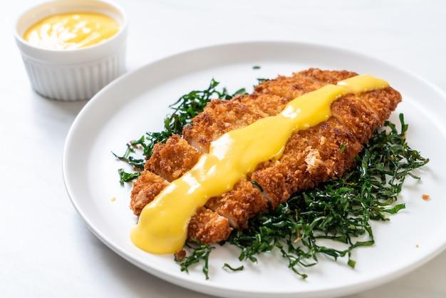 Poulet frit avec sauce citron-lime