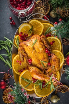 Poulet de noël traditionnel fait maison.