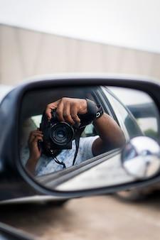 Prendre de belles photos dans une voiture avec un appareil photo