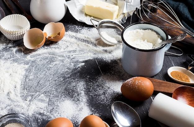 Préparation cuisson des ingrédients de cuisine pour la cuisson