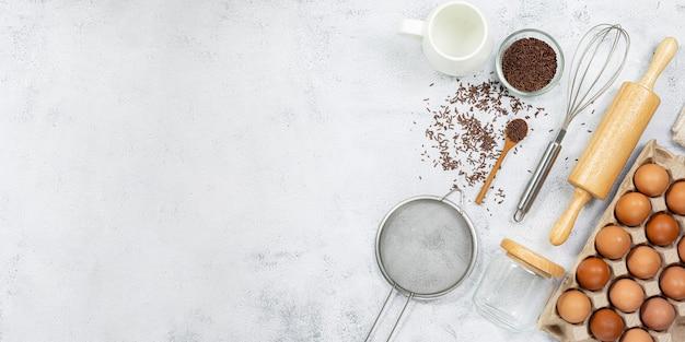 Préparation de la pâte une mesure de la quantité d'ingrédients dans la recette