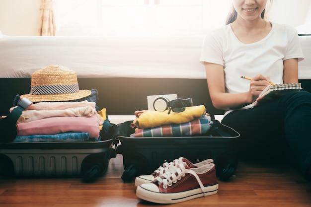 Préparation pour les vacances ou les voyages.