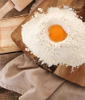 Préparer la pâtisserie sur la cuisine