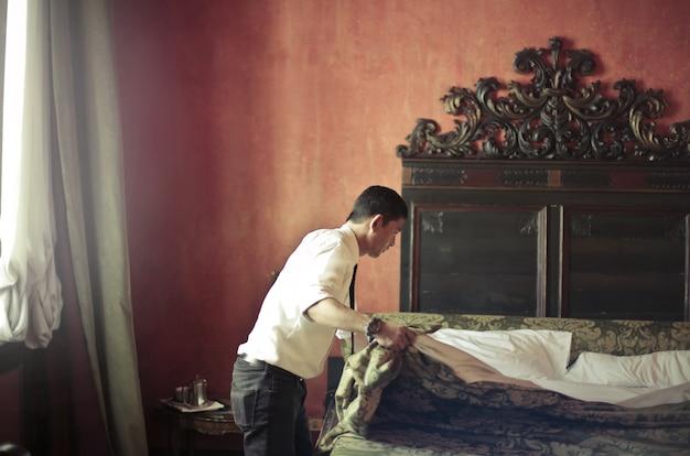 Préparer une salle pour les invités