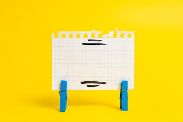Présentation d'idées colorées, affichage de pensées fraîches, envoi de message, matériel d'étiquetage, affichage d'étiquette d'identification, matériel d'écriture, crayon de notes