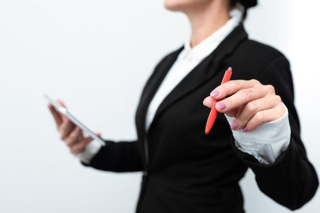 Présentation de nouvelles idées technologiques améliorations technologiques récentes présentation de produits électroniques connecter les gens appels vidéo messages vocaux connexions mondiales