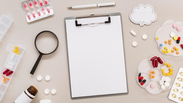 Presse-papiers avec cadre de pilules