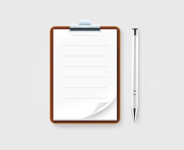 Presse-papiers marron vierge avec du papier blanc et un stylo