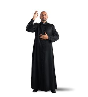 Le prêtre est une bénédiction pour les fidèles