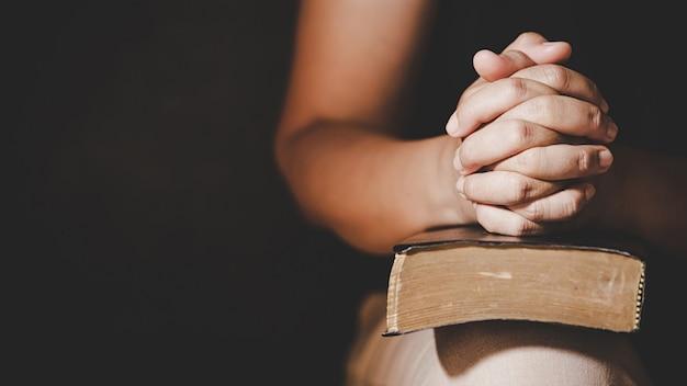 Prière de crise de la vie chrétienne à dieu.