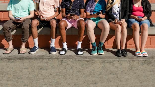Problèmes sociaux des jeunes, addiction aux smartphones