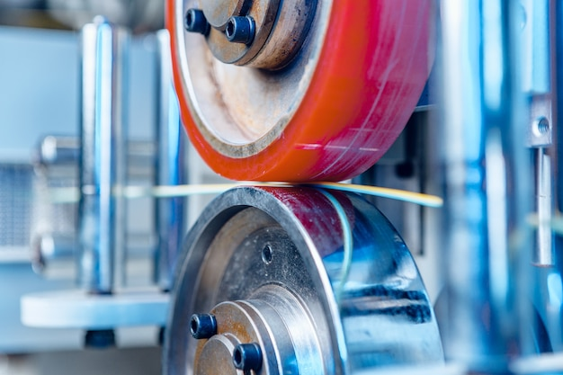 Processus de fabrication de câbles en usine de câbles close up