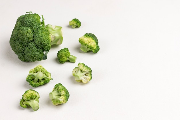 Produit alcalin de brocoli. nourriture végétalienne.