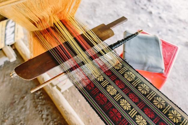 Un produit fait à la main des outils pour le tissage à la main