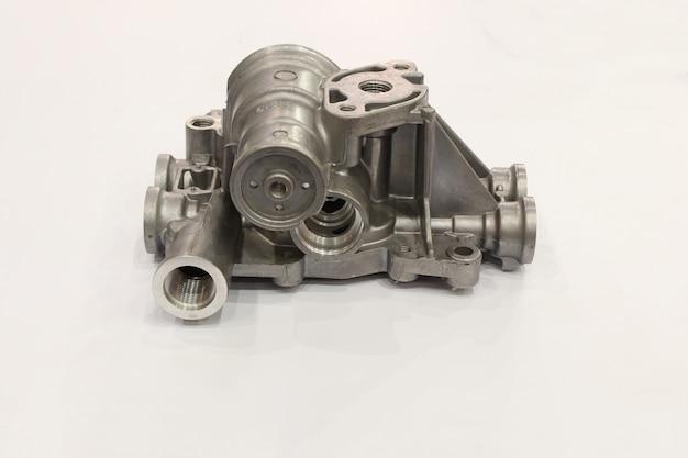 Produit de moulage sous pression en aluminium avec processus d'usinage