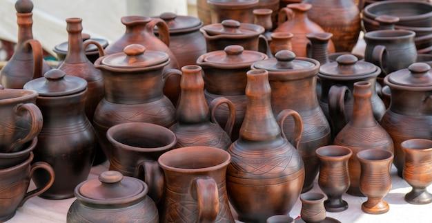 Produits artisanaux en terre cuite.