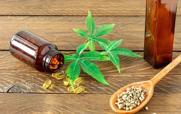 Produits de chanvre à l'huile de cannabis cbd - capsules et graines de chanvre.