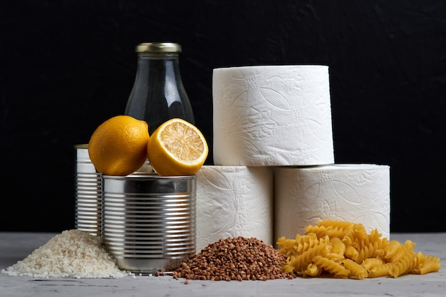 Produits en forte demande après une épidémie de coronavirus pendant la saison de la grippe