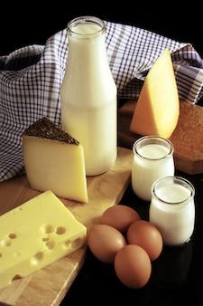 Produits laitiers lait et fromage ....