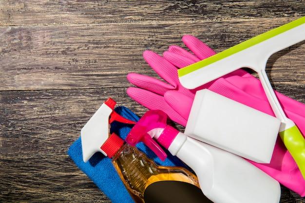 Produits et outils de nettoyage