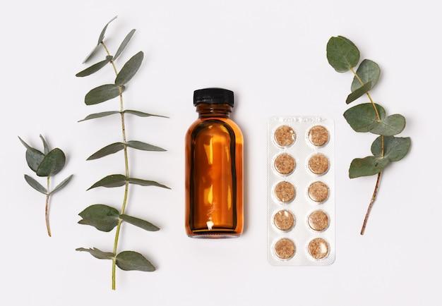 Produits de soins de santé avec des brindilles d'eucaliptus