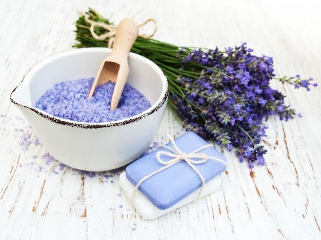 Produits spa et fleurs de lavande
