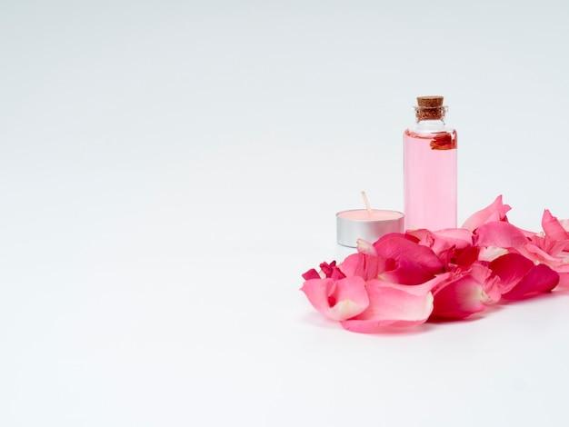 Produits de spa à l'huile essentielle de rose