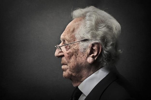 Profil d'un vieil homme