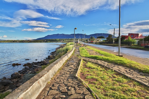 La promenade à puerto natales, chili
