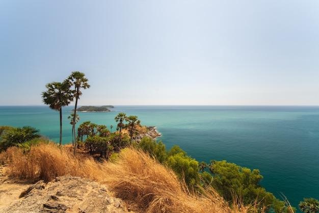 Promthep cape point de vue de phuket en thaïlande