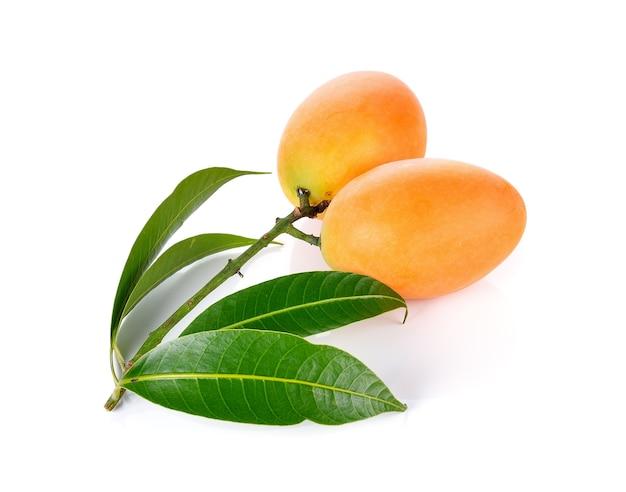 Prune mariale ou fruits maprang de thaïlande