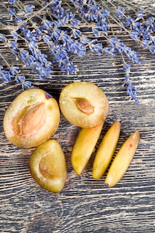 Prunes Mûres Photo Premium