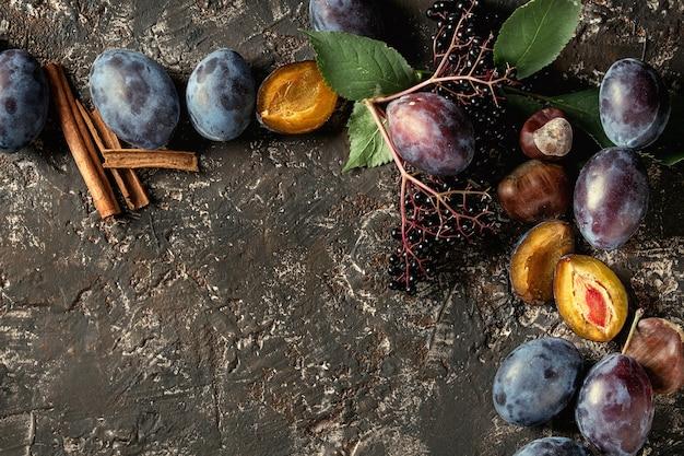 Prunes et noix