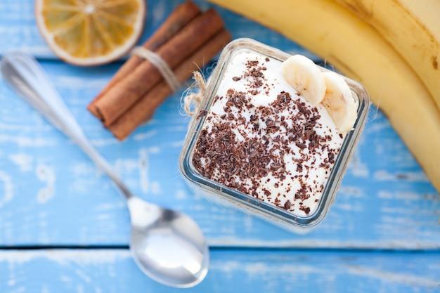 Pudding crémeux à la banane.