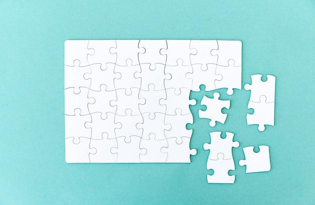 Puzzle inachevé