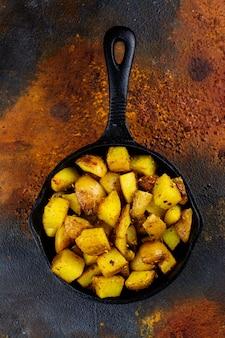 Quartiers de pommes de terre frites